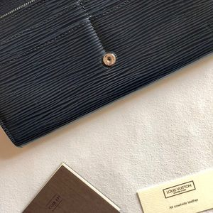 "Louis Vuitton Bags - *Lightly Used* Navy Louis Vuitton ""Sarah"" Wallet"